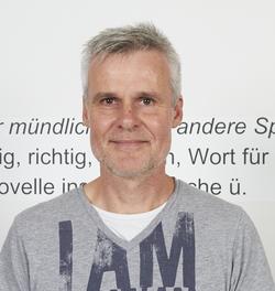 Stefan Lampert